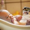 Купать ли новорожденного каждый день? Учимся ухаживать за младенцем