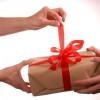 Какой подарок подарить девушке.