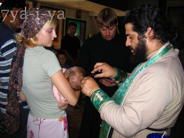 могут ли быть крестными родителями брат и сестра