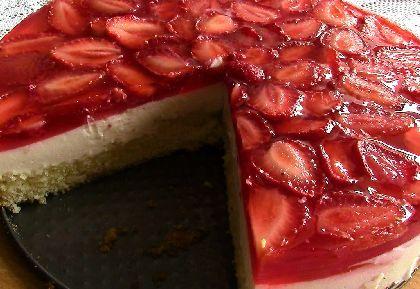 клубника торт