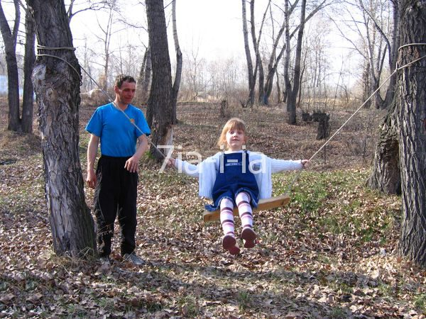 Как сделать детские качели своими руками