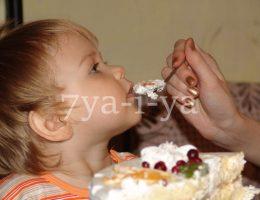 Ребенок отказывается от еды причины