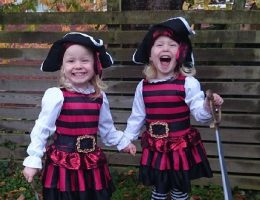 девочка пират